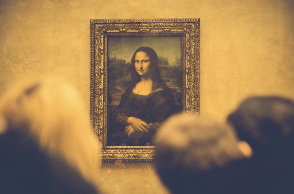 Photo de la joconde exposée au musée